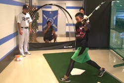 16_pb_battinglesson_sm_4.jpg